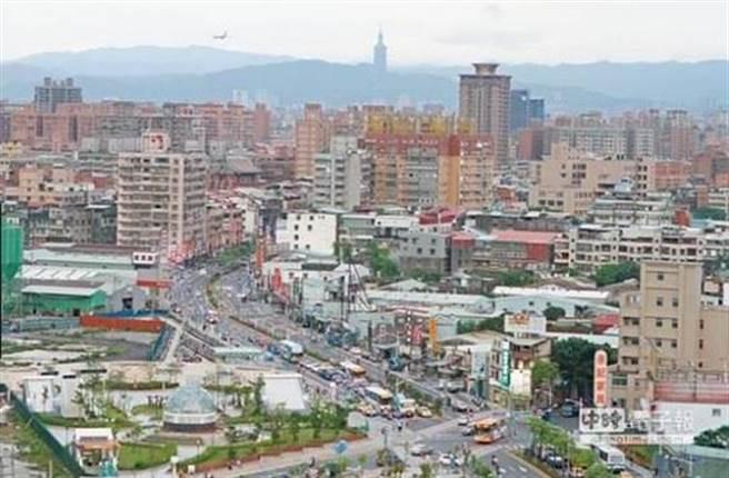 鍾榮昌預言5年後建築業一定會慢慢萎縮。(本報系資料照片)