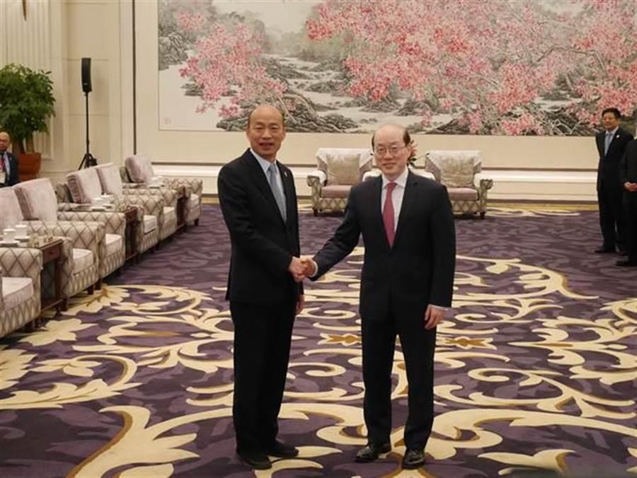 高雄市長韓國瑜25日與大陸國台辦主任劉結一會面。(陳君碩攝)