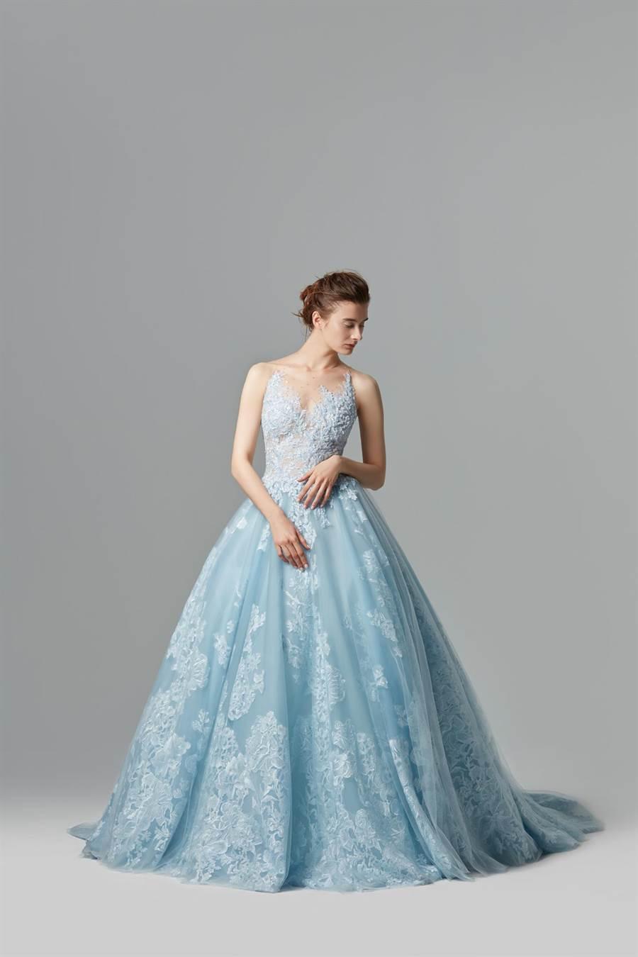 林莉婚紗登上英國White Gallery婚紗展,展現台灣設計軟實力。( LINLI BOUTIQUE提供)