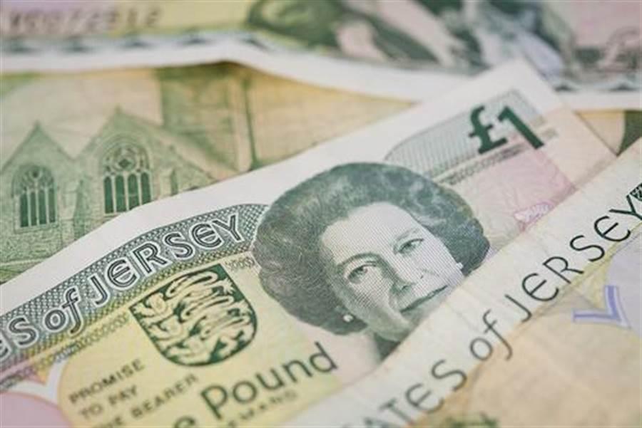 刷卡趨勢擋不住 為何英國人仍愛付現?(圖片取自/達志影像)