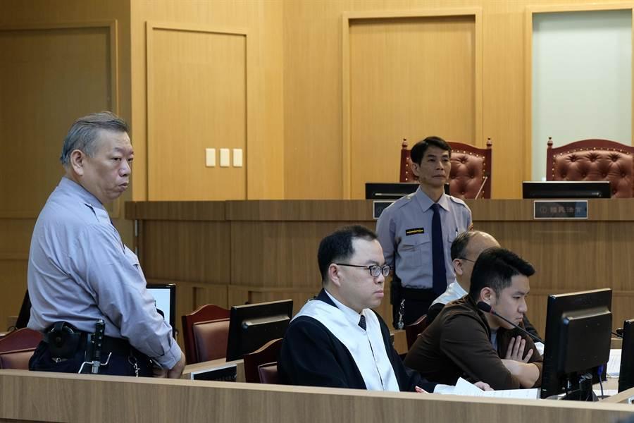 新竹地方法院開庭都要有2名法警站庭。(羅浚濱攝)