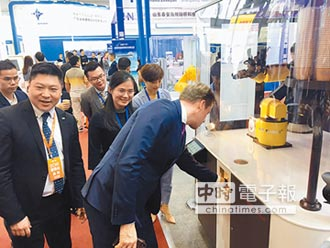 勵德機器人咖啡販賣機 前進上海餐飲博覽會