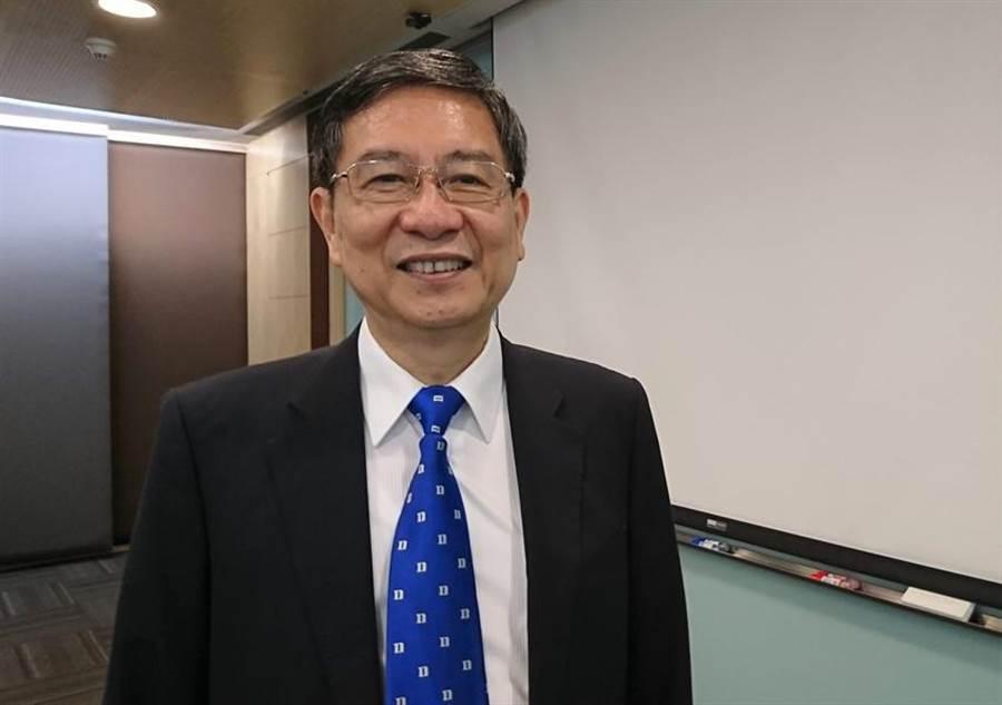 元大寶華綜經院長梁國源表示,全球貿易衰退危及台灣出口,台灣經濟成長動能明顯疲弱。圖:陳碧芬攝