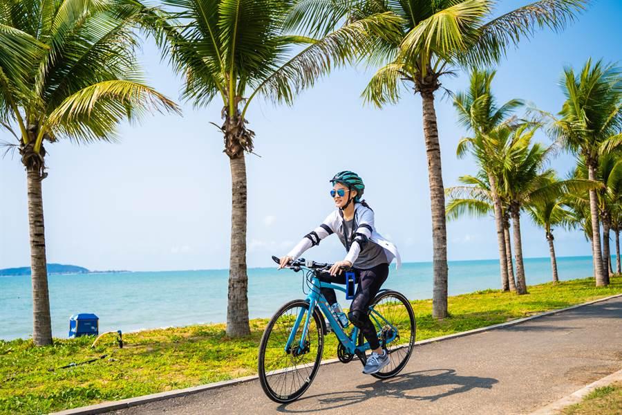 可以騎著自行車倘佯在渡假村裡。(攝影/沈弘欽)