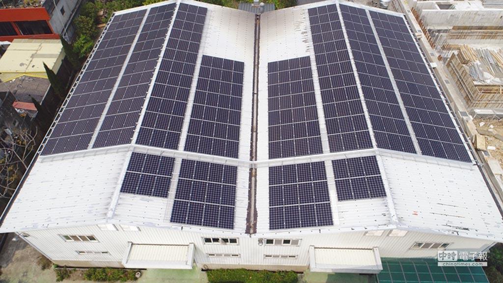由天晴能源承攬建造的郅邦企業太陽光電電廠外景。圖/天晴能源提供