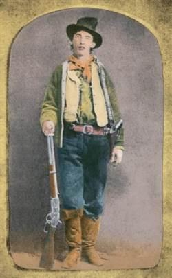 2美元買舊照片 拍到「他」卻價值5百萬!