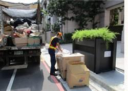 清明紙錢集中燒用垃圾車 議員:觀感不好