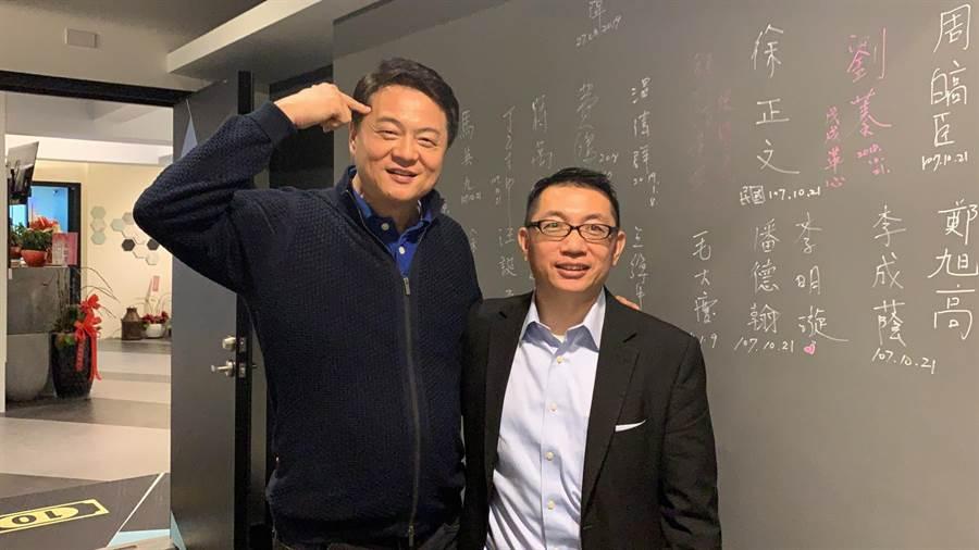 徐正文(右)。