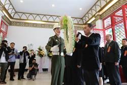 侯友宜主持329春祭 海巡小隊長柯博承入祀忠烈祠
