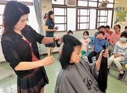 小六女 3度剪髮捐癌友