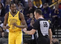 NBA》不怕罰款!KD:裁判才是場上最佳球員