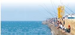 漁港開釣 漁會批搶生計
