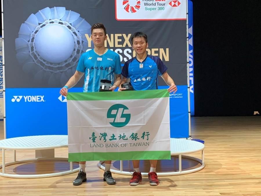 男雙組合王齊麟(左)、李洋(右)之前在印度公開賽奪冠,是兩人合作以來第一座超級500等級冠軍,兩人在蘇迪曼盃今天為中華隊出戰首點,以直落二漂亮獲勝。(資料照/郭亞欣攝)