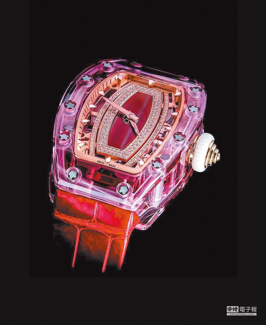 Richard Mille率先採用藍寶石水晶打造RM 07-02「粉紅佳人」女表,要價3100萬元。(Richard Mille提供)