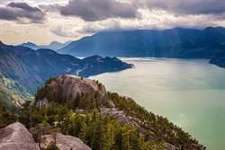 访清秀佳人的家、遨游断背山!品加拿大啤酒赏自然美