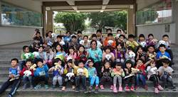 總統送禮物 興華國小歡度「總統級」兒童節