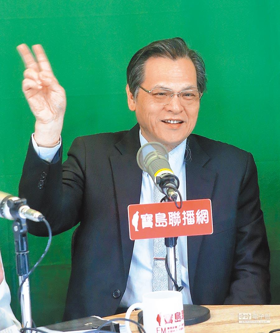 陸委會主委陳明通1日接受廣播專訪。(本報系記者趙雙傑攝)