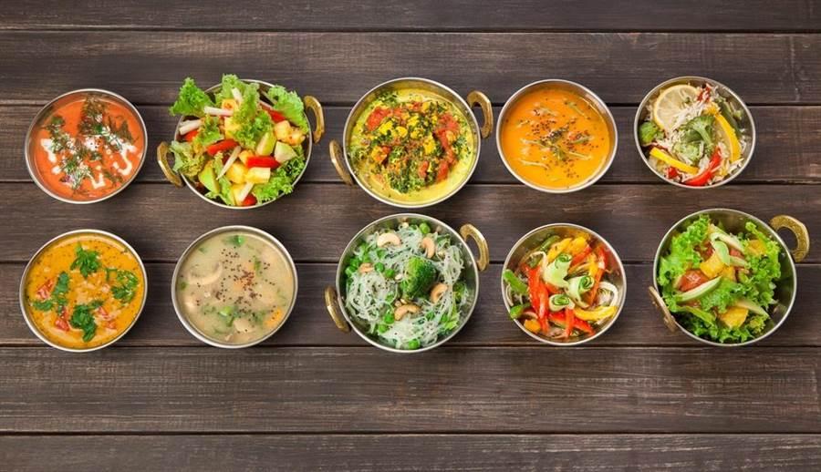 素食主義逐漸形成風潮,現在英國的全素食者是4年前的4倍。(達志影像/shutterstock)