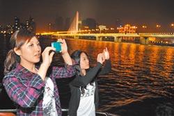 蘇州聽評彈、北京看戲 點亮夜遊