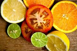 通血管降膽固醇!這5類水果超神
