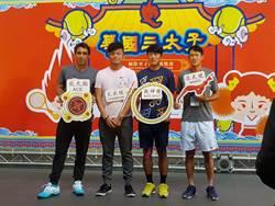 華國三太子網賽》體驗布袋戲跟抽籤 謝政鵬抽到「冠軍」