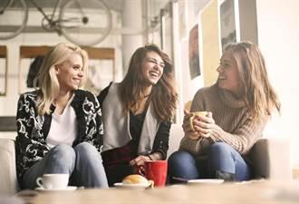 與朋友見面可延壽!研究:這7個習慣有助抗老