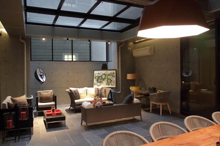 一個完全專屬媽媽跟寶寶的安全空間,素雅的日式建築,連爸爸待在裡面也不會膩。(圖片來源:中時電子報提供)