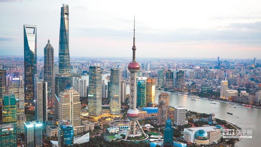 亞洲將驅動全球成長。圖為上海陸家嘴金融貿易區。(新華社資料照片)