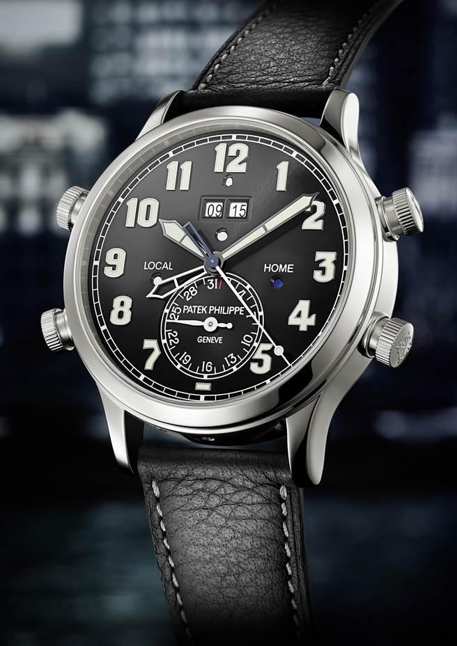 百達翡麗5520P-001兩地時間響鬧鉑金腕表,結合獨家雙時區顯示裝置和24小時經典音簧響鬧功能,690 萬元。(Patek Philippe提供)
