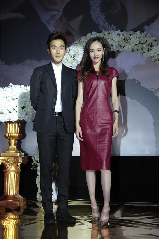 唐嫣2015年與劉愷威宣傳《千金女賊》。(本報系資料照)