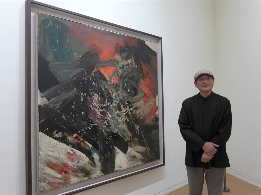 藝術家趙春翔創作的「抽象」以油畫為媒材,其中蘊含東方文化底蘊。(林欣儀攝)