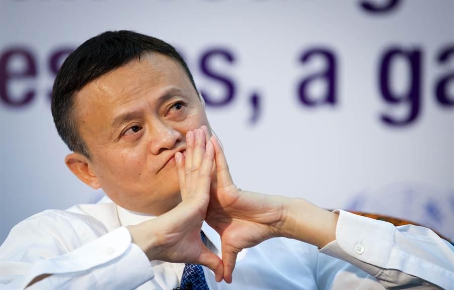 中國大陸首富、電子交易平台「阿里巴巴」創辦人馬雲對於近期在中國大陸網路上熱議的「996」工作時數表示,能夠「996」是員工的幸福。(資料照片/新華社)