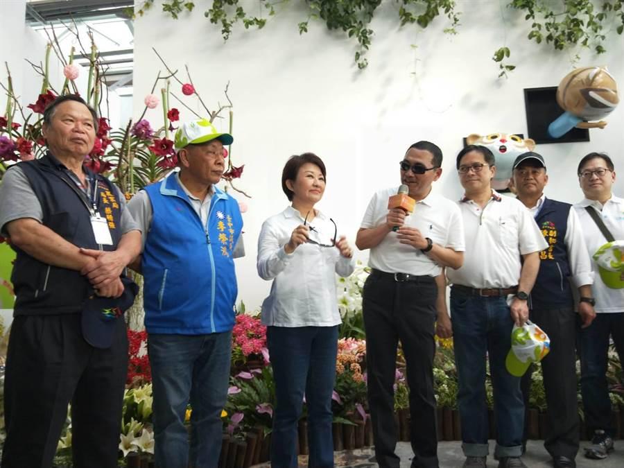 台中市長盧秀燕(左三)表示,國民黨現在在求勝選。(陳淑娥攝)
