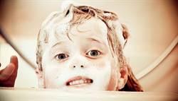 洗臉也要挑時間 醫師揭這時候洗才對