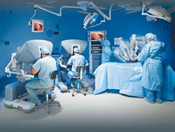 達文西手術兩邊賺 健保署開罰