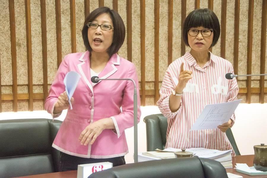 議員李喬如(右)。(林宏聰攝)