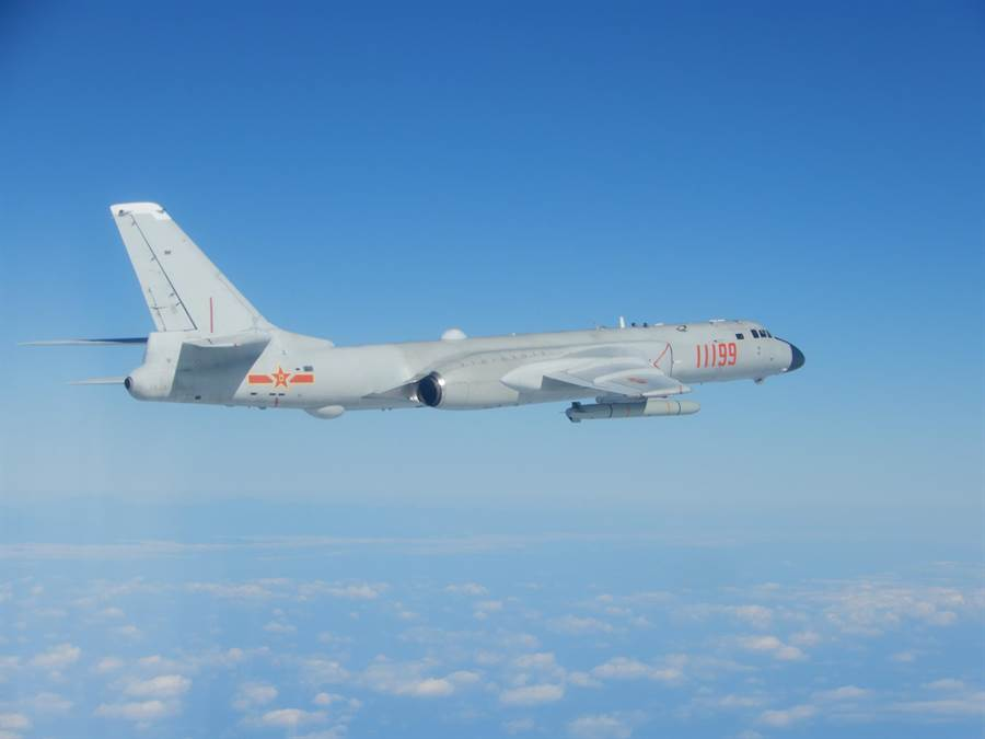 大陸轟6k轟炸機。(圖/國防部提供)