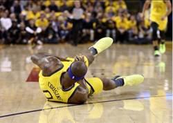 NBA》考辛斯只打4分鐘就受傷退場