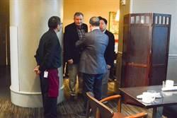 依依不捨 前美大使艾江山把握時間和韓國瑜吃早餐
