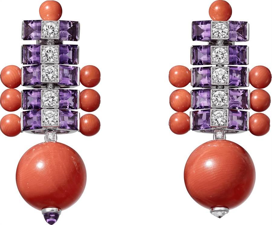 卡地亞展的主視覺主打珠寶「OSTINATO」珊瑚紫水晶耳環,強烈的對比色充滿活力,497萬元。(Cartier提供)