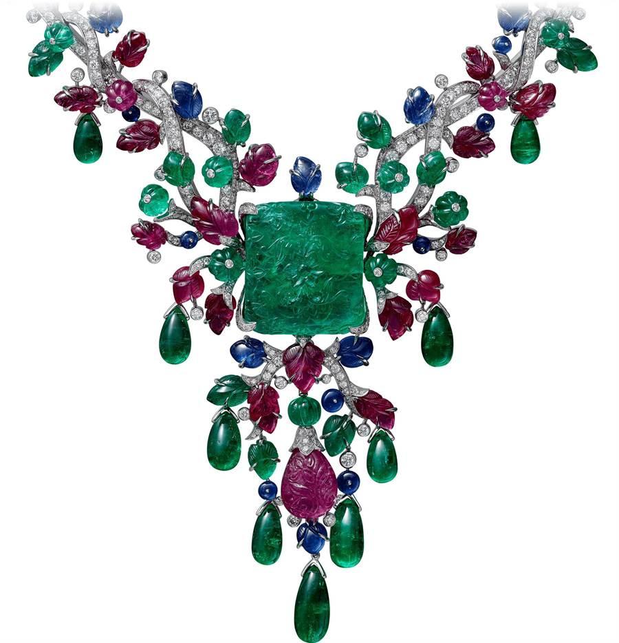 卡地亞Tutti Frutti系列「CHALIYA」祖母綠項鍊,主石為41.16克拉哥倫比亞祖母綠,為全球首次曝光,8850萬元。(Cartier提供)