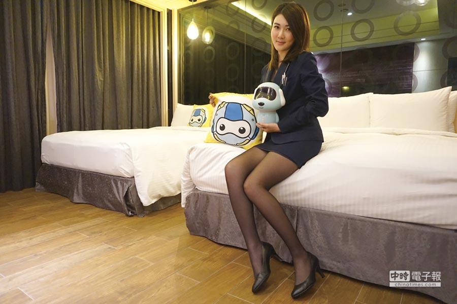 住宿AI智慧房,機器人相伴聊天不用怕寂寞。圖/星動銀河旅站提供
