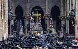 浴火重生!法總統希望5年內重建聖母院