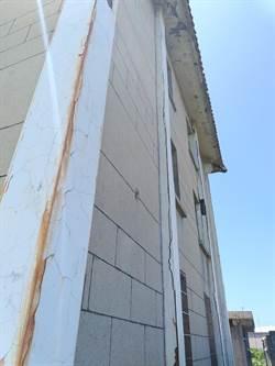 大安納骨塔年久失修 市議員關心修繕進度