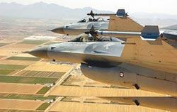美路克基地3人確診 我方受訓F-16飛行員緊繃