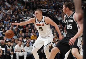 NBA》賈瑪莫瑞單節21分助金塊逆襲馬刺