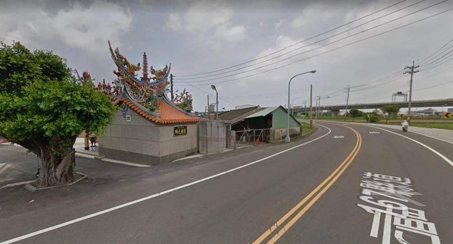 在地信仰廟宇聖德堂也在縣府劃定的徵收範圍,有在地居民希望能變更設計。(翻攝自google map)