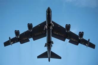 >美B-52轟炸機對陣俄S-400  誰厲害