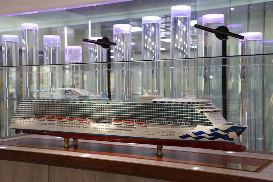 盛世公主船模相當龐大,長207公分、寬34公分、高45公分。圖:業者提供