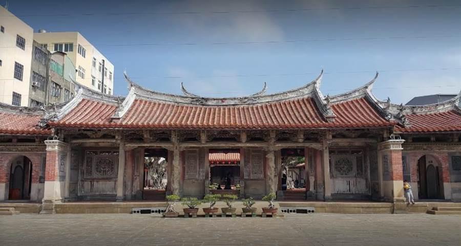 鹿港龍山寺。(圖/翻攝Google街景)